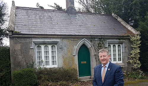 PORTUMNA CASTLE GATE LODGE NOW IN STATE OWNERSHIP